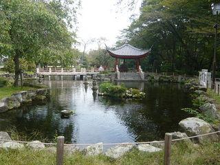 Hangzhou_garden.JPG