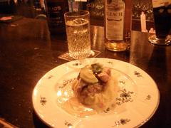 黒豚&マッシュポテトのウイスキークリーム と イーラッハハイボール